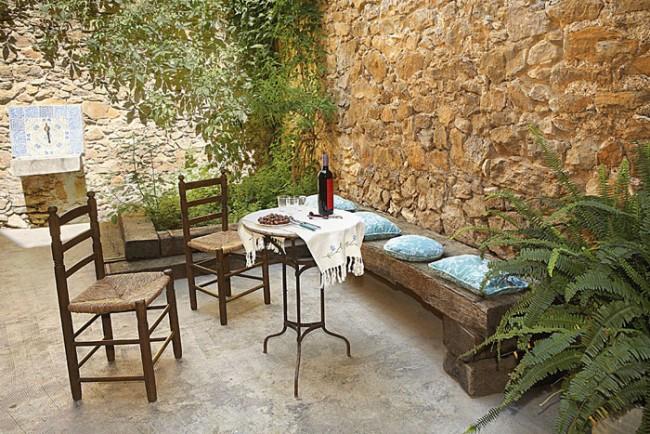 C mo instalar un patio urbano funcional de acuerdo al for Decoracion de interiores patios internos
