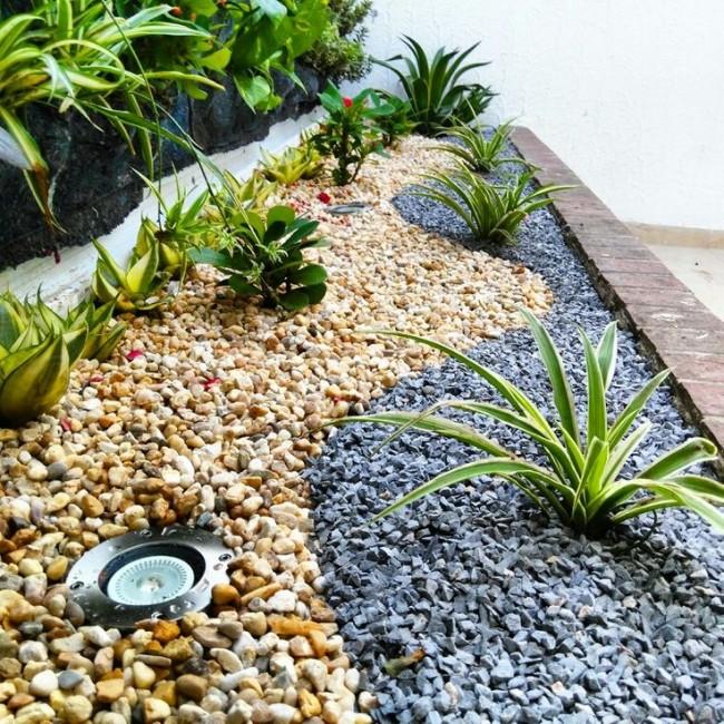C mo instalar un jard n seco exterior s mil zen - Macetas de piedra para jardin ...