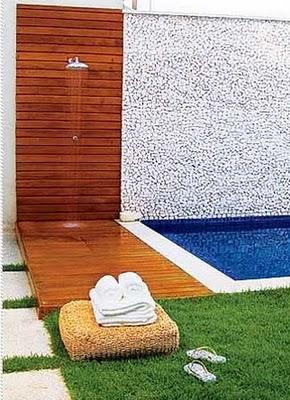 C mo instalar una ducha en la piscina exterior for Duchas para piscina