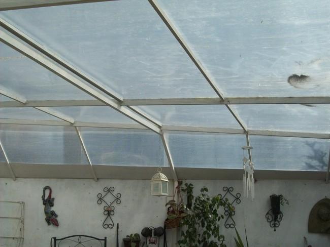 ¿Cómo instalar un techo de policarbonato? En sencillos pasos