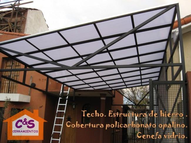 C mo instalar un techo de policarbonato en sencillos pasos for Cubiertas para techos livianas