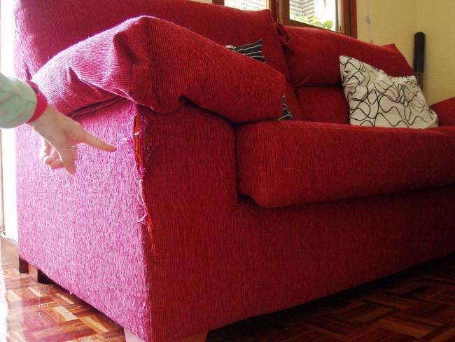 C mo hacer e instalar una funda para tu viejo sof - Como hacer una funda para un sofa ...