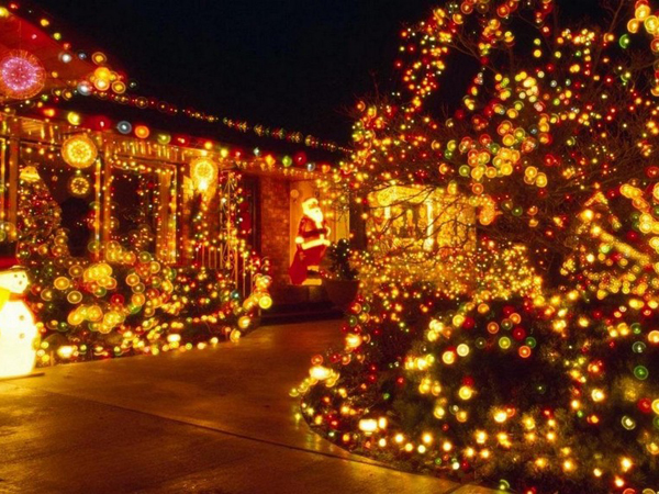 Como decorar tu casa con luces para esta navidad