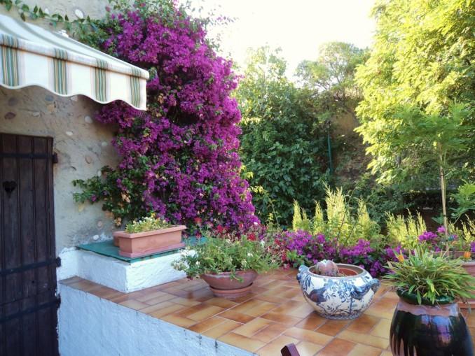 Dise o y decoraci n de jardines peque os y modernos 90 for Arreglo jardines pequenos
