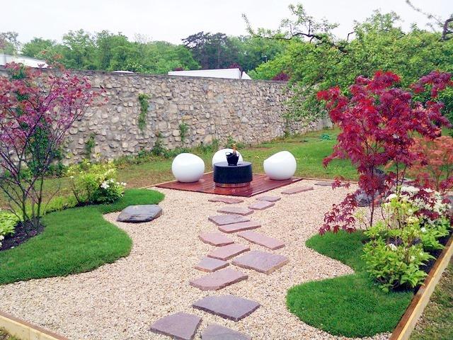 Dise o y decoraci n de jardines peque os y modernos 90 for Decoracion exterior jardin contemporaneo