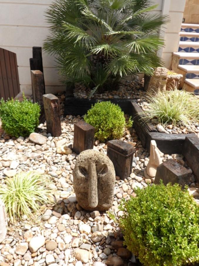 Dise o y decoraci n de jardines peque os y modernos 90 - Disenos de jardines pequenos ...