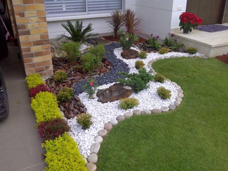 Dise o y decoraci n de jardines peque os y modernos 90 for Decoracion de jardines chicos