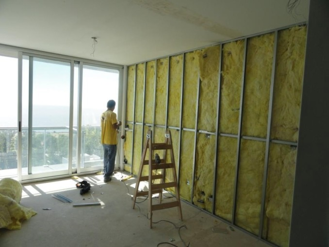 C mo instalar una pared divisoria en durlock - Como revestir una pared ...
