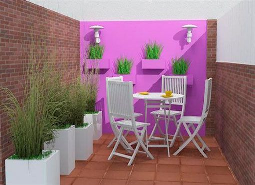 Patios-en-verano-con-pared-pintada