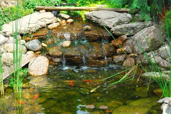 zzestanquecascada-estanque-jardin-piedras