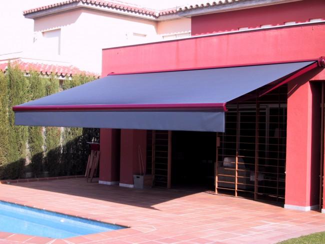 20111020123609-toldo-en-sevilla-or