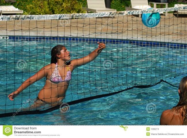 voleibol-en-la-piscina-1266274