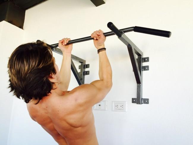 barra-para-dominadas-de-espalda-bicep-uso-rudo-gym-23193-MLM20242444477_022015-F