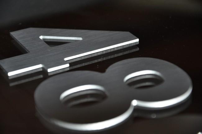 numeros-y-letras-aluminio-frente-casas-porton-puerta-13618-MLA20079585388_042014-F