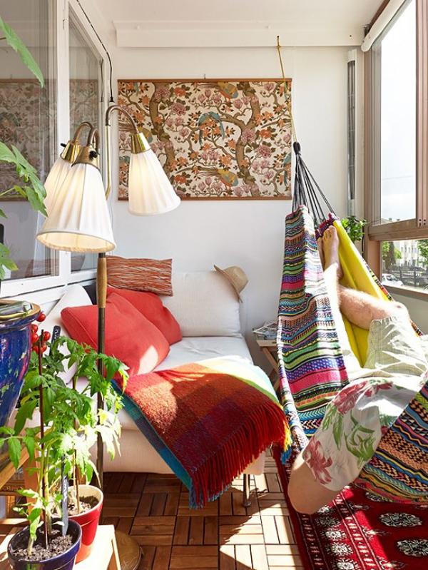 balconesoho-chic-summer-balcony-design