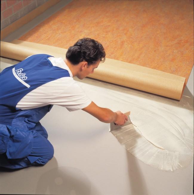 C mo instalar un tendedero y d nde ideas para colocar t nder - Instalacion piso vinilico en rollo ...