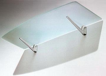 Poner m nsulas en el ba o c mo instalar repisas for Estantes vidrio bano