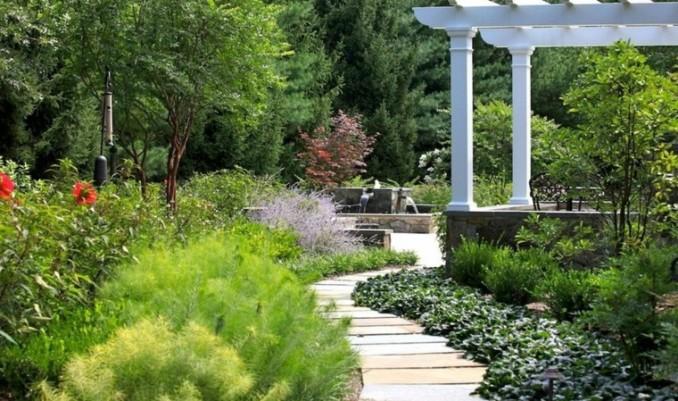 camino-jardin-curvas-laminas-hormigon