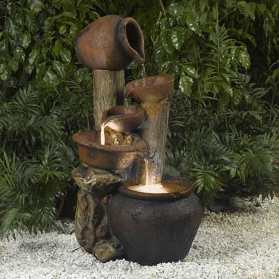 Instalar una fuente de agua decorativa en el jardin Modelos