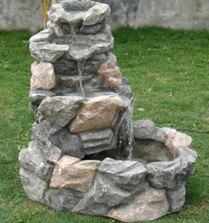 Instalar una fuente de agua decorativa en el jardin modelos - Fuentes para jardin de piedra ...