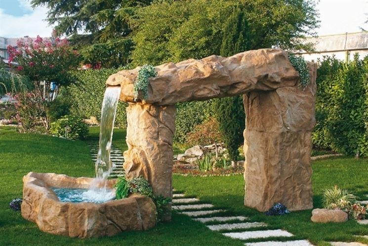 fontanale-cascate-di-un-giardino-d-acqua_ng1