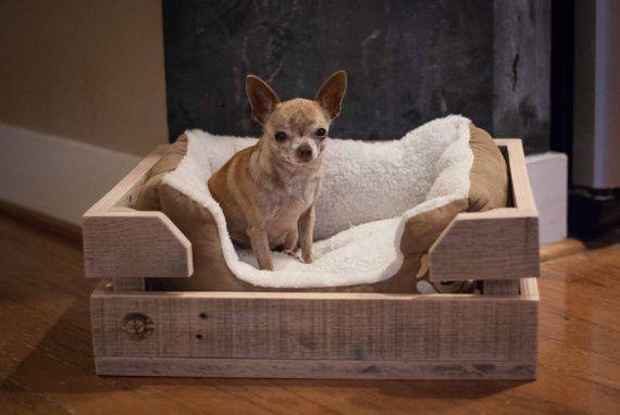 c mo hacer una cucha para perros o gatos con materiales reciclados. Black Bedroom Furniture Sets. Home Design Ideas