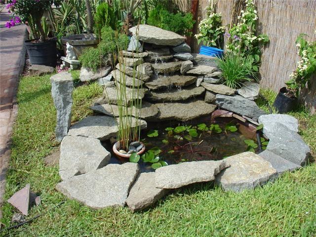 C mo hacer cascadas de agua para el jard n for Estanque de jardin con cascada